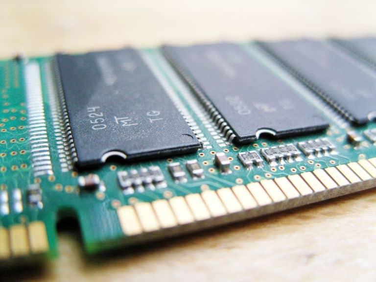 AIKU računari - Random Access Memory (RAM)