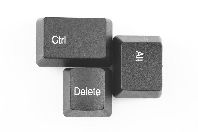 AIKU računari - Prečica Ctrl-Alt-Del