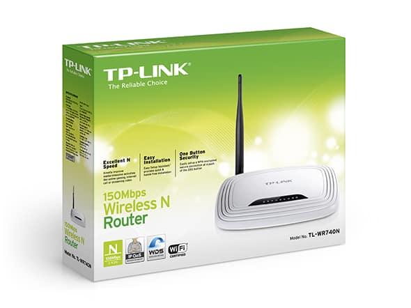 - Router TP-LINK TL-WR740N